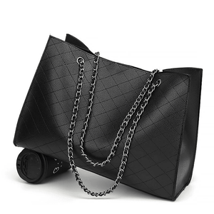 Women Big Tote Hand Chain Design Leather Handbag - FashionzR4U