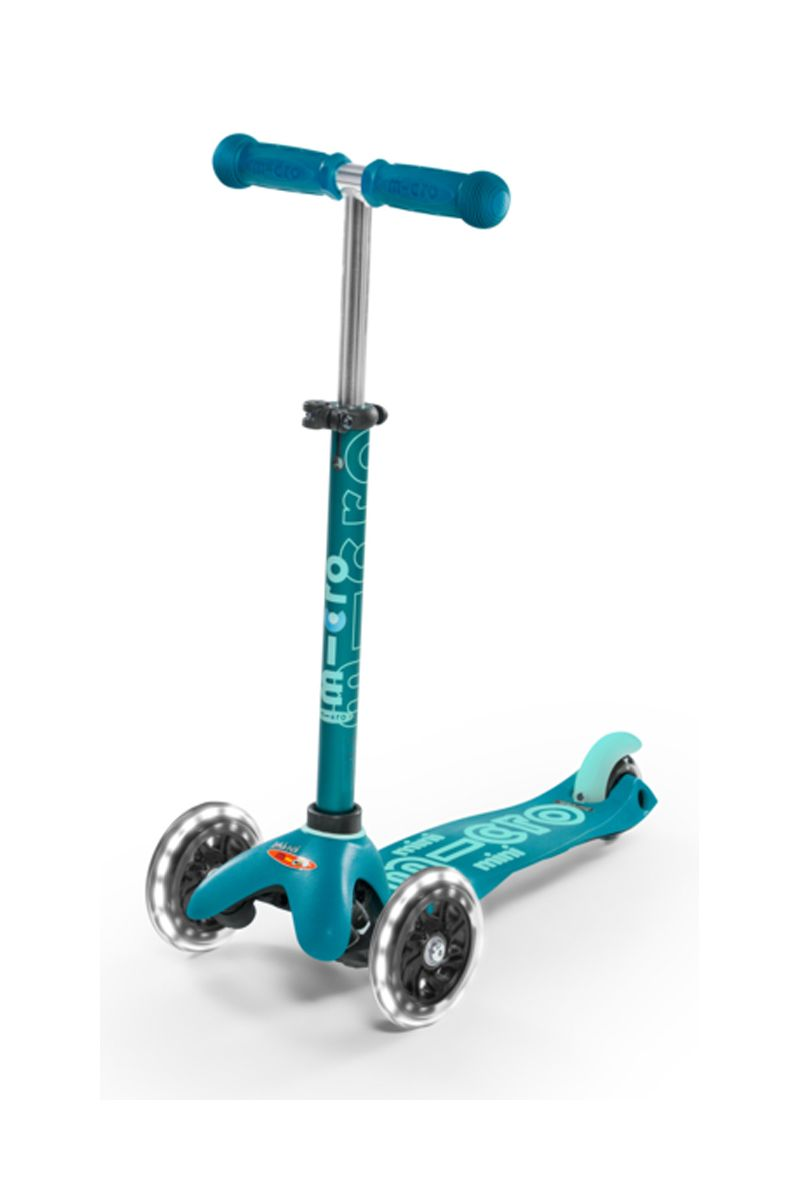 Patinete Mini Deluxe Aqua Led