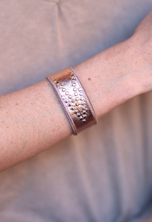 Farr Genuine Leather Metallic Magnetic Clasp Bracelet-Rose Gold