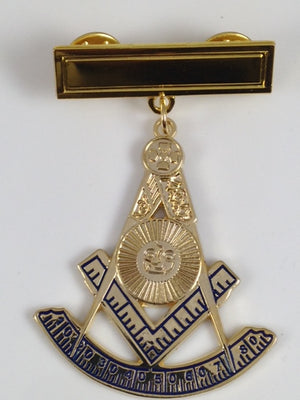 D1821 Jewel Past Master with Engraved Bar