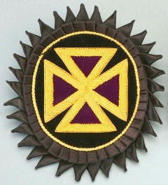 D7046 Rosette for Chapeau - Past Grand Commander in Bullion