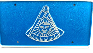 D7502 License Plate Masonic 1 1/2 lb Cast Iron Aluminum Past Master No Square/Blue