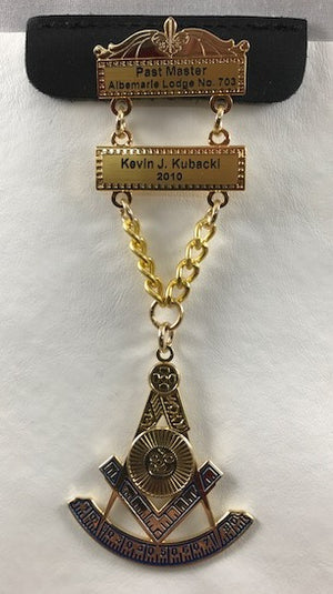 D2266 Masonic Past Master Jewel with 2 Engraved Bars