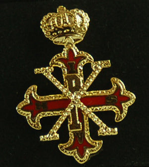 D399 Lapel Pin Red Cross of Constantine Sovereign 3/4""