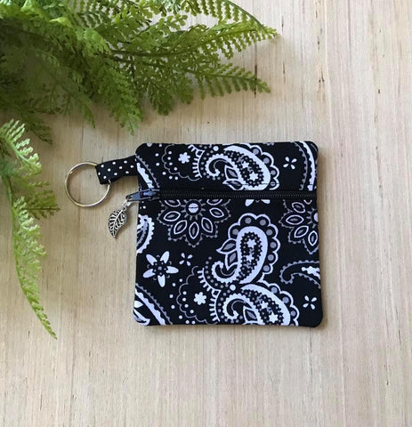 Bandana Ear Bud Case - Black