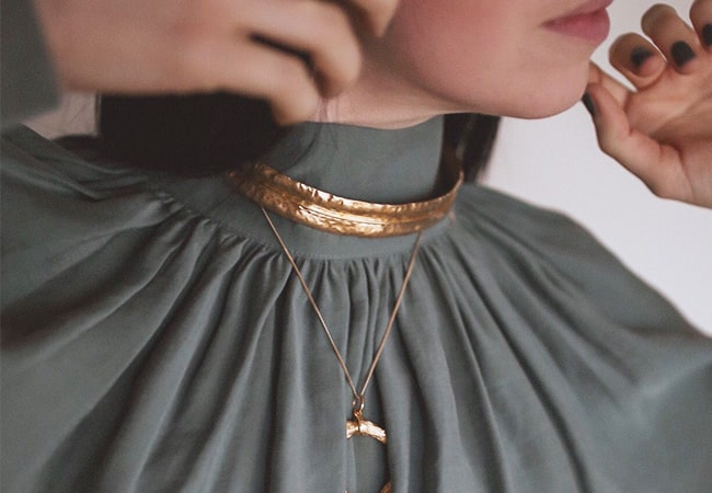 What necklace should you wear with a High Neck Outfit?