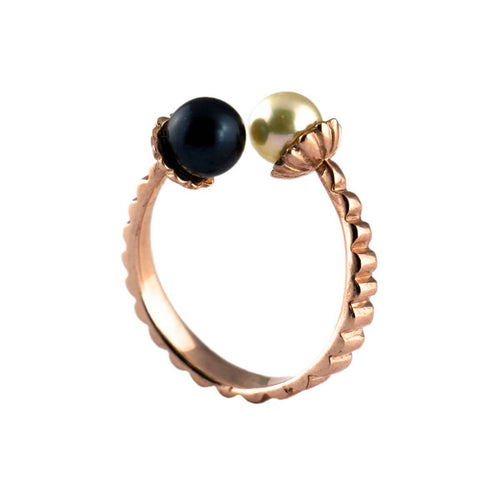 9kt Rose Gold & Pearl Electric Flowers Ring