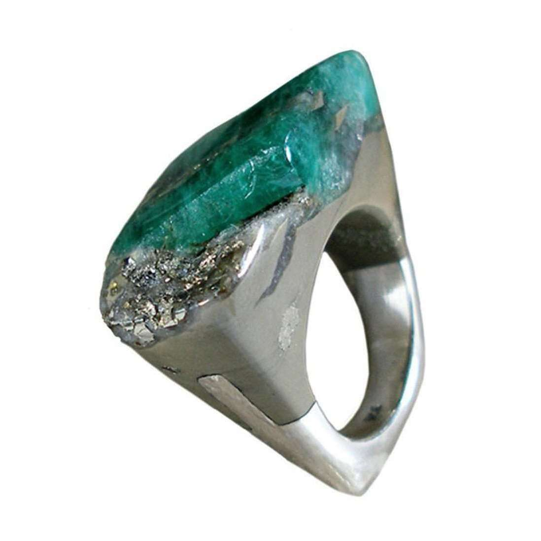 Emerald Ring - Piety-Pasionae-JewelStreet US