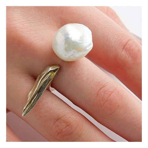 A River Shines Through it. Cultured Pearl Ring-Katura-JewelStreet US