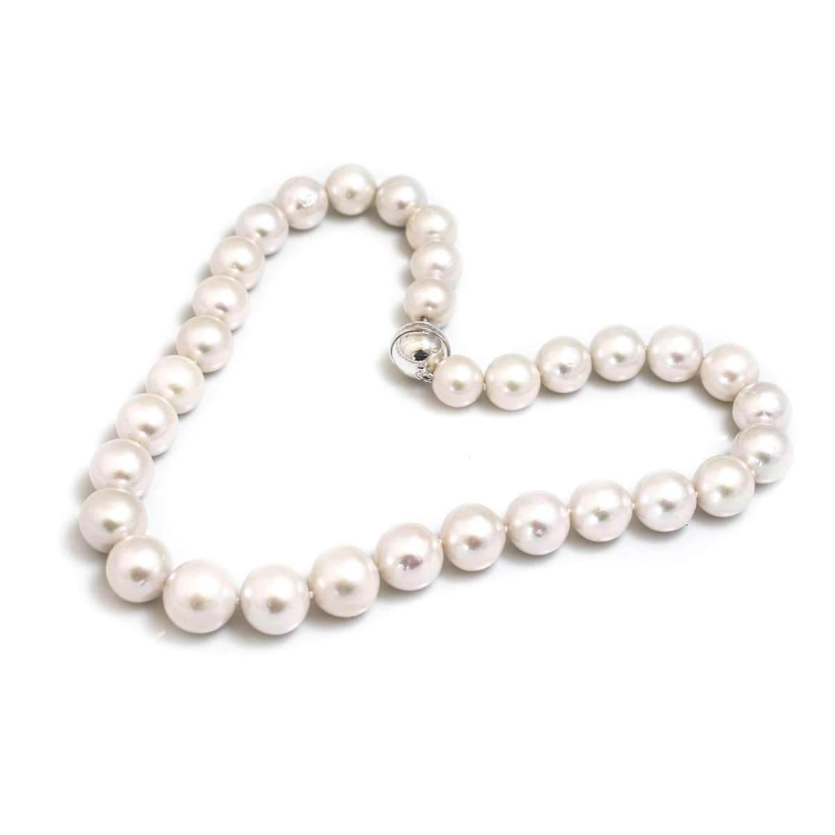 White Lustre AAA Graded Pearl Necklace