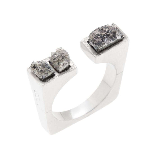 Asymmetrical crystal Ring-Pasionae-JewelStreet EU