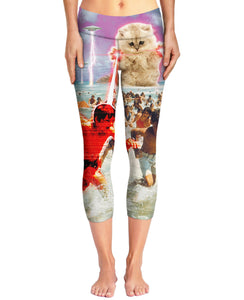 The Kitten No One Loved Capri Yoga Pants
