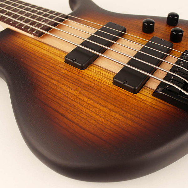 BAJO ELECTRICO C5 PLUS Open Pore Tabaco Burst CORT