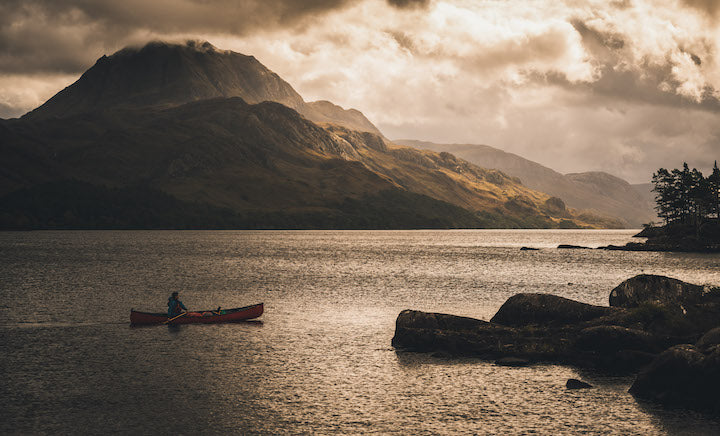 canoeing scottish loch