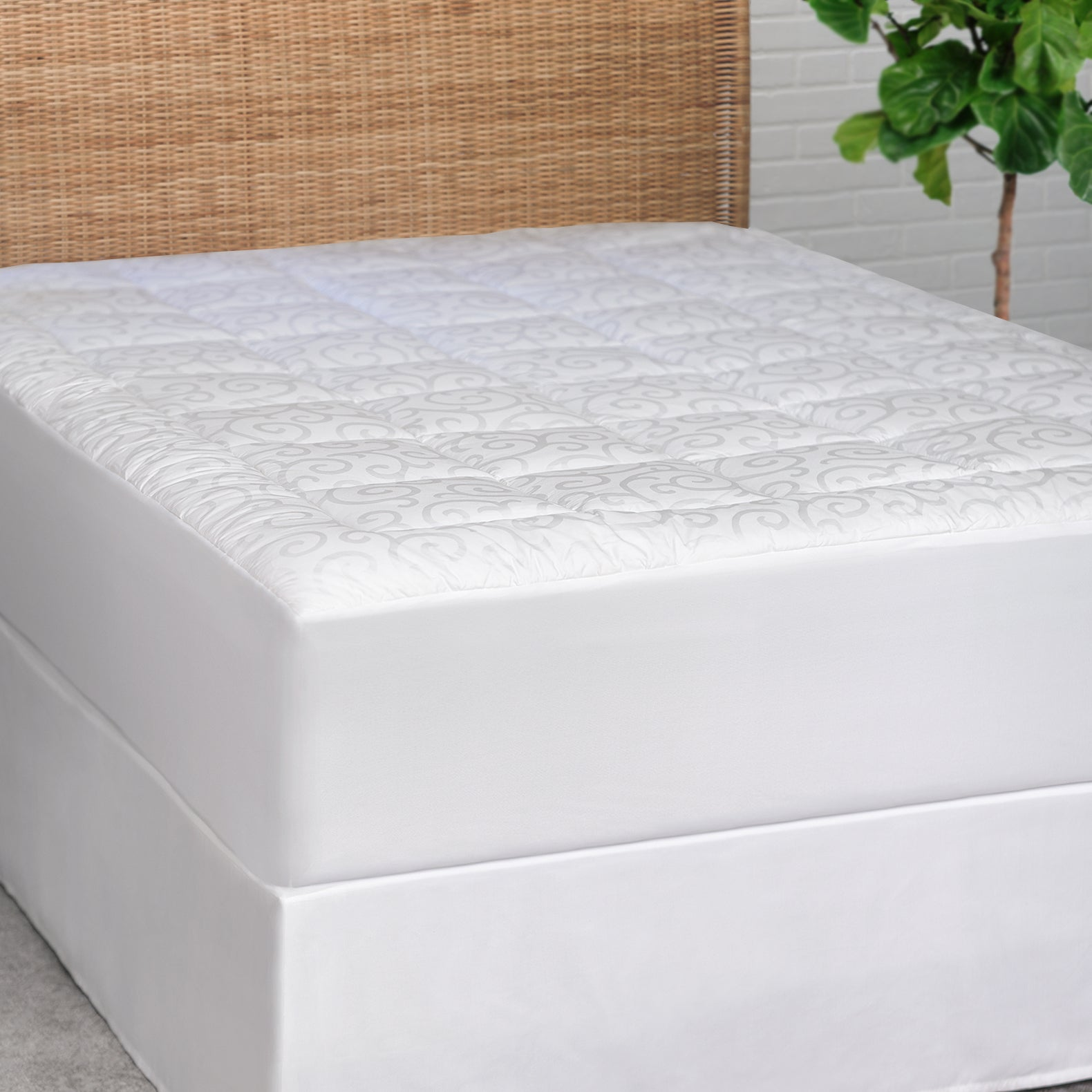 Candice Olson Luxury Jacquard Mattress Pad