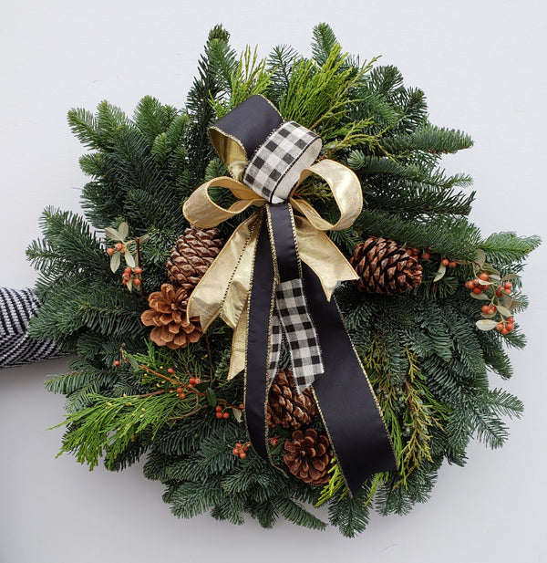 Wreath: Holiday Check