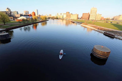Tips for Kayaking Urban Waterways