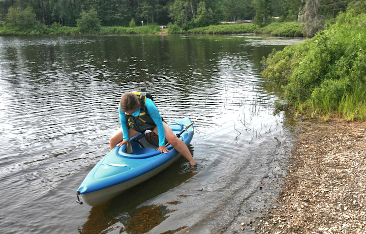 get in your kayak without using your paddle