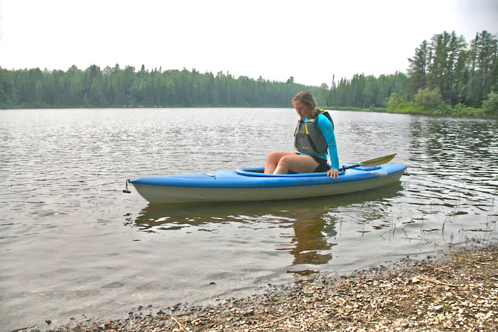 how to get out of your kayak without using your paddle