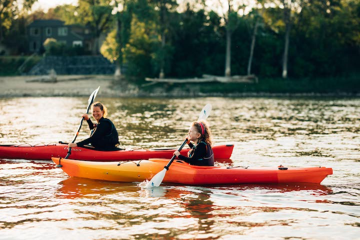 Lori Neufeld kayaking with her daughter