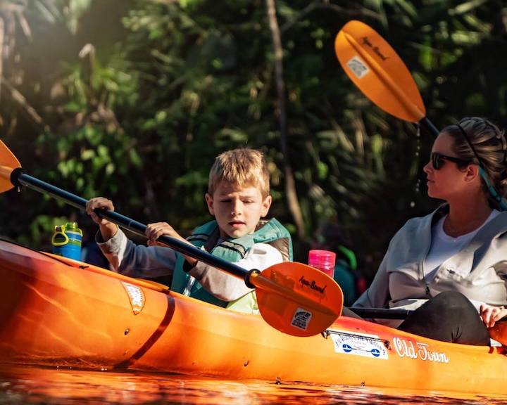 life jacket safety with kids