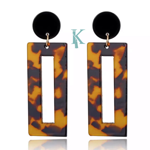 LEO RECTANGLE EARRINGS