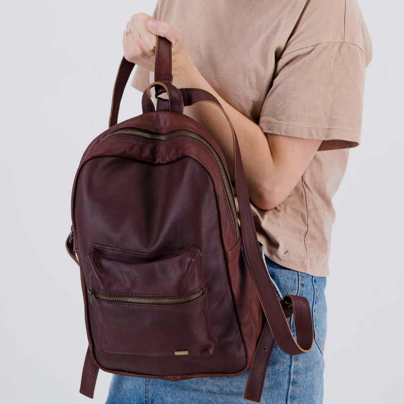 Caddy - 13inch Leather Backpack
