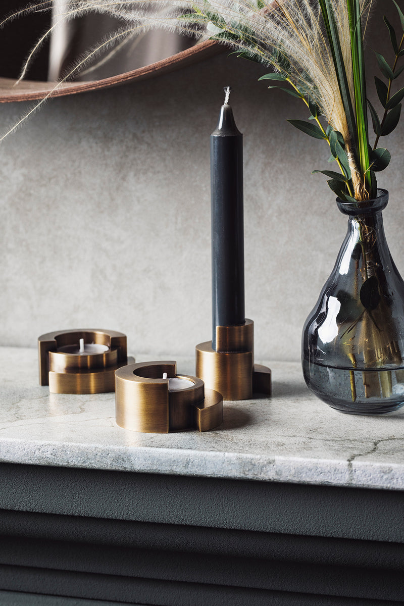 VAU Circular candle holder