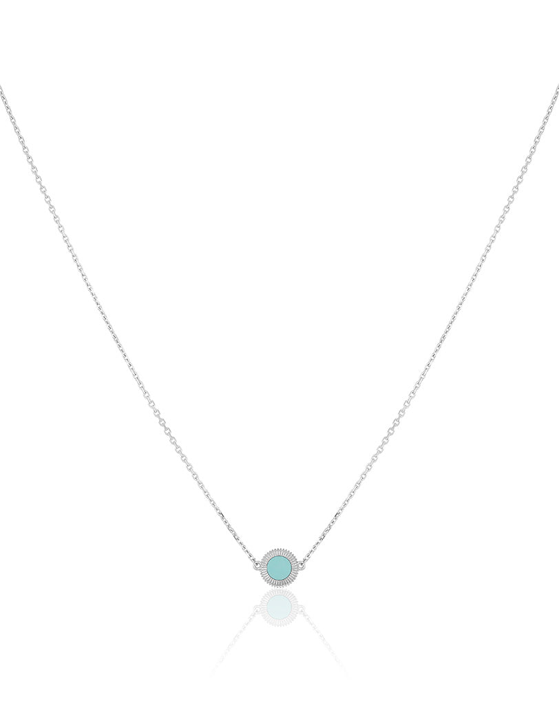 The Esperi Small Pendant Necklace