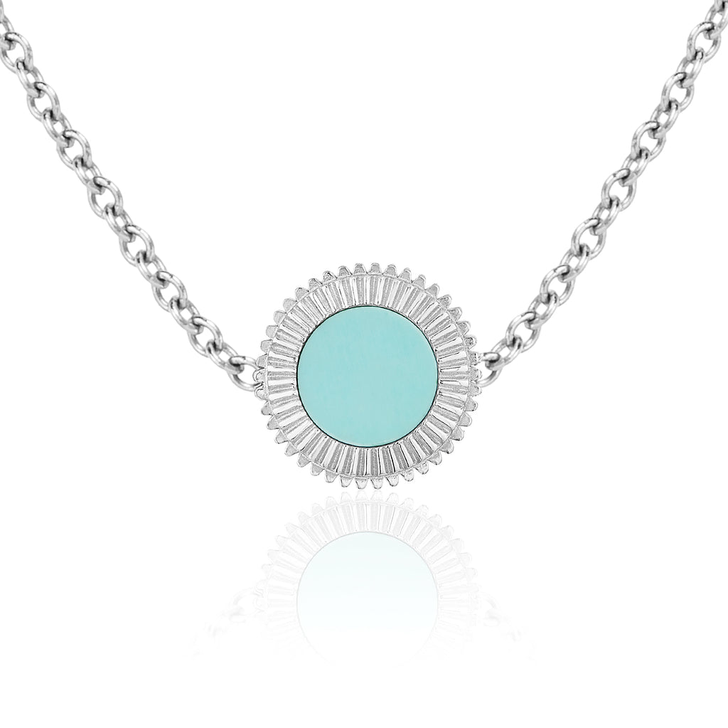 The Esperi Medium Pendant Necklace
