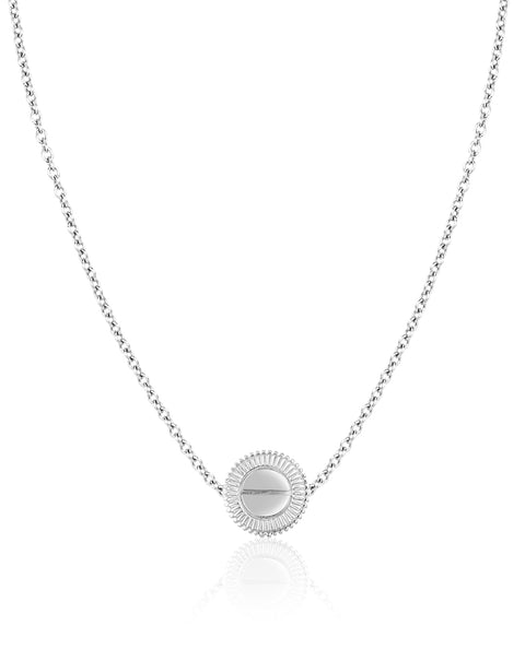 The Auge Medium Pendant Necklace