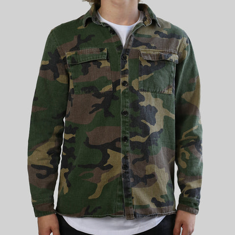 RIVAL FISHTAIL BUTTONDOWN (CAMO)