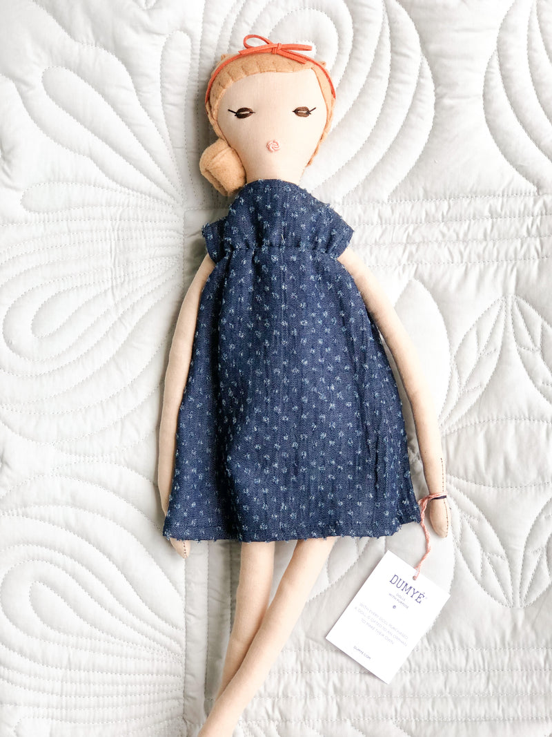 Peanut Limited Edition Doll No. 18