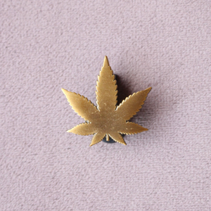 Gold Pot Leaf Pin