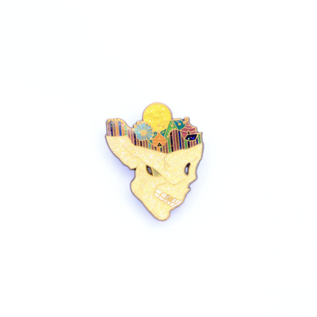 Day Dreaming Pin