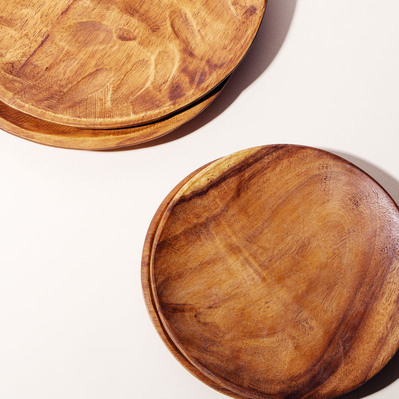 "Set of 4 10"" Williamsburg Wood Plates"