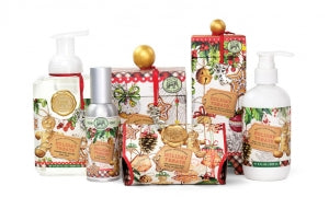 Holiday Treats Foaming Soap & Napkin Set