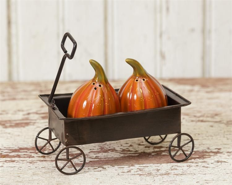 Pumpkin Salt & Pepper Shaker in a Cart - Charlie James & Company
