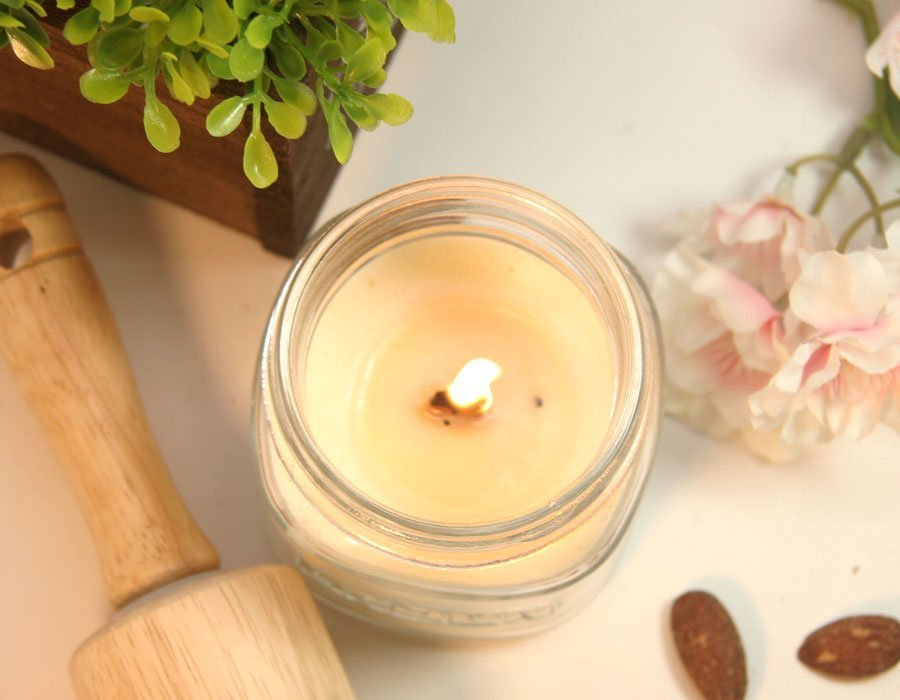 Warm Latte Wood & Cotton Wick Candle
