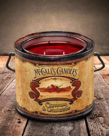 Cinnamon & Cranberries Vintage 22 Candle