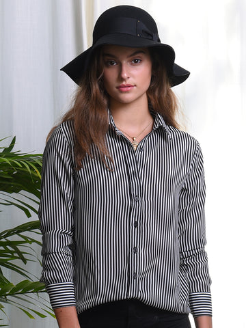 Womens Black/White Stripe  The Signature Shirt in Black and White Stripe 2