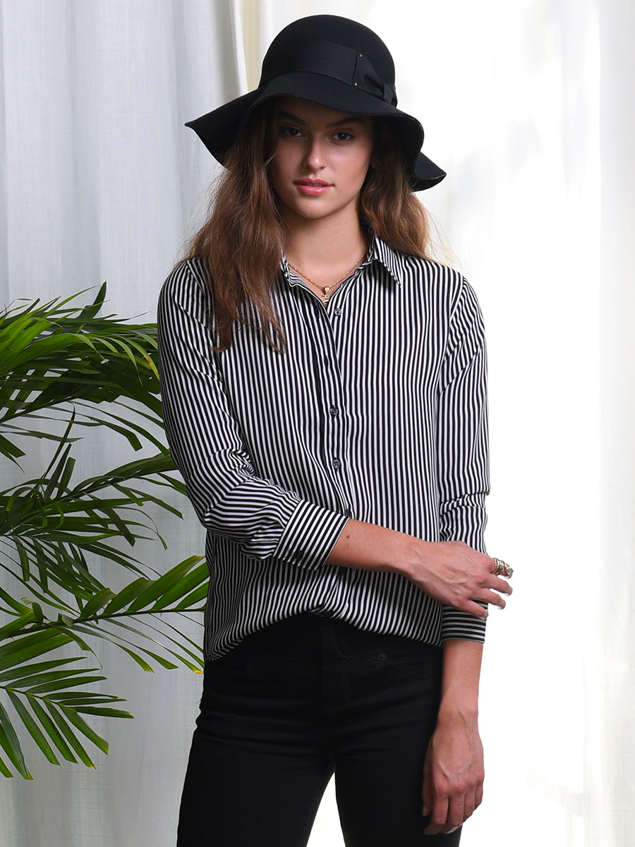Womens Black/White Stripe  The Signature Shirt in Black and White Stripe