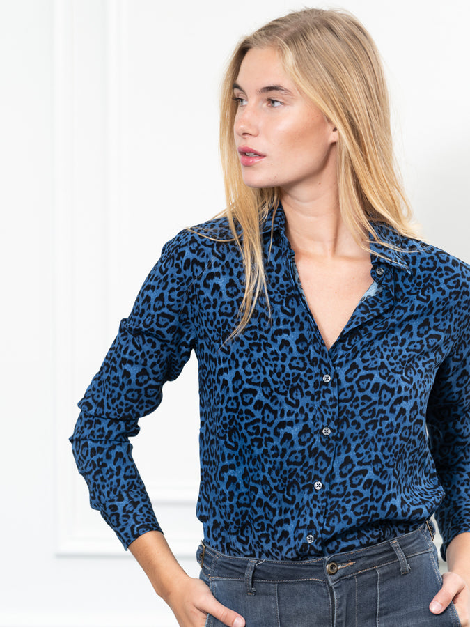Womens Blue Leopard The Signature Shirt in Blue Leopard