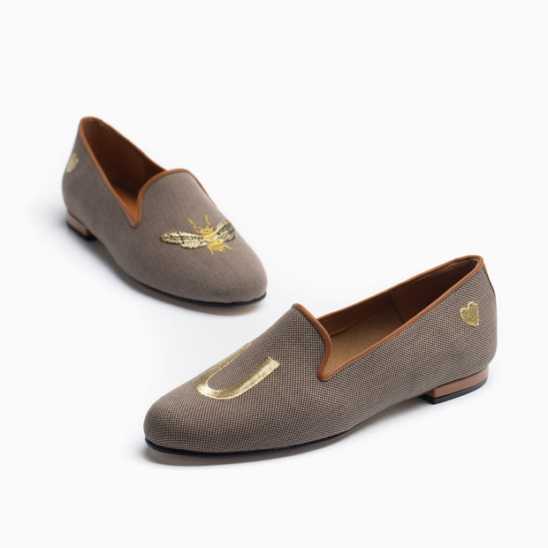 Jon Josef Gatsby Bee You Flat in Brown Linen
