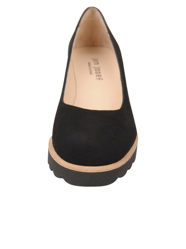 Womens Black Suede Katie Lug Pump 4