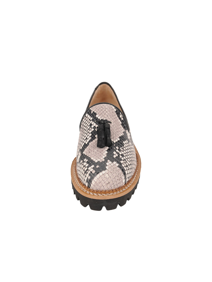 Womens Black/White Snake Lug Shoe 4