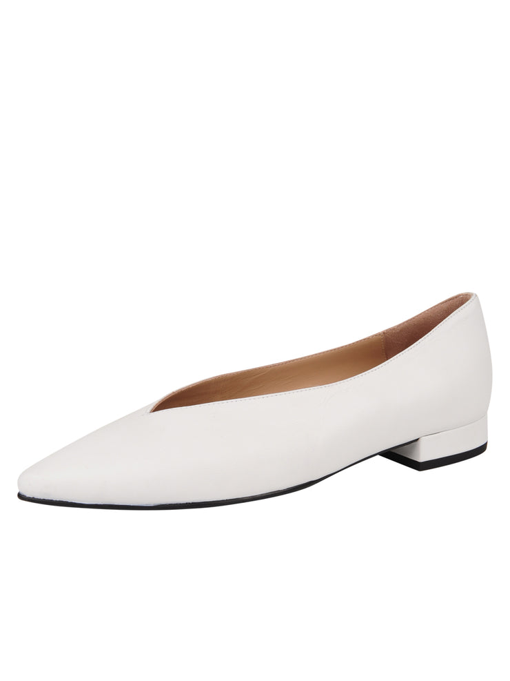 Womens White Leather Pointed Toe Flat