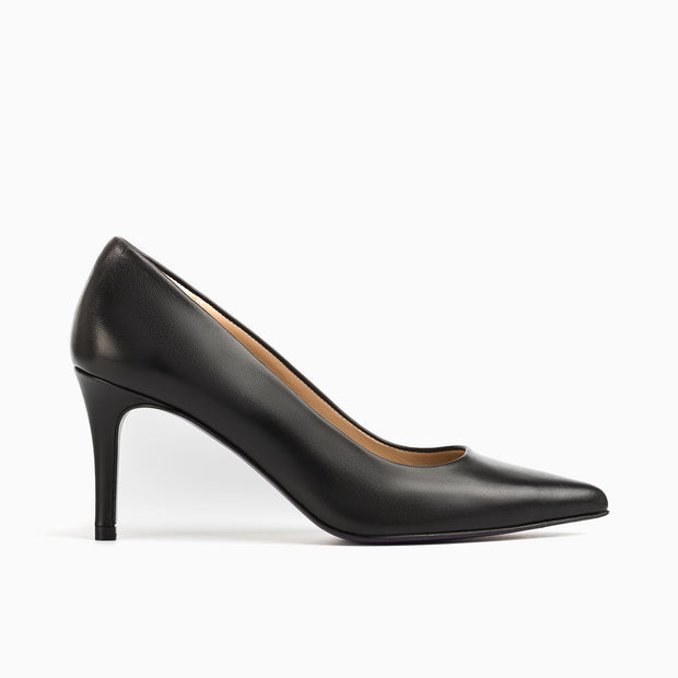 Jon Josef Paris19 Pump in Black Leather