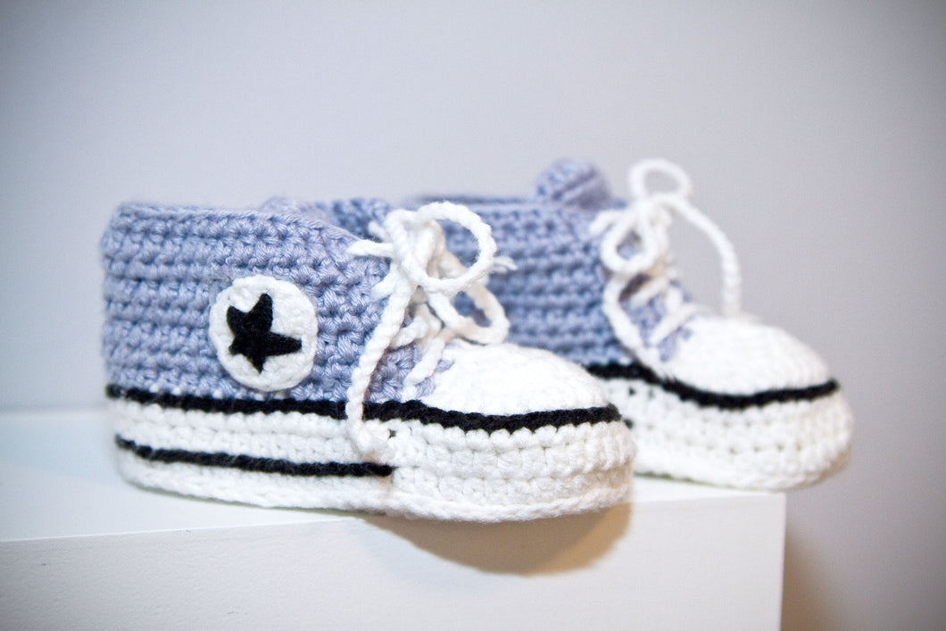 High-top baby shoes with laces crochet handmade knit grey bootie