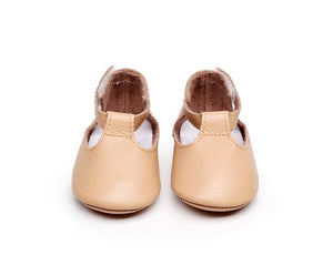 Mary Jane style baby and toddler shoes timeless style comfort 100% plush leather